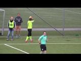 Норвежский вратарь сыграл на выходе и сломал сопернику ногу в двух местах