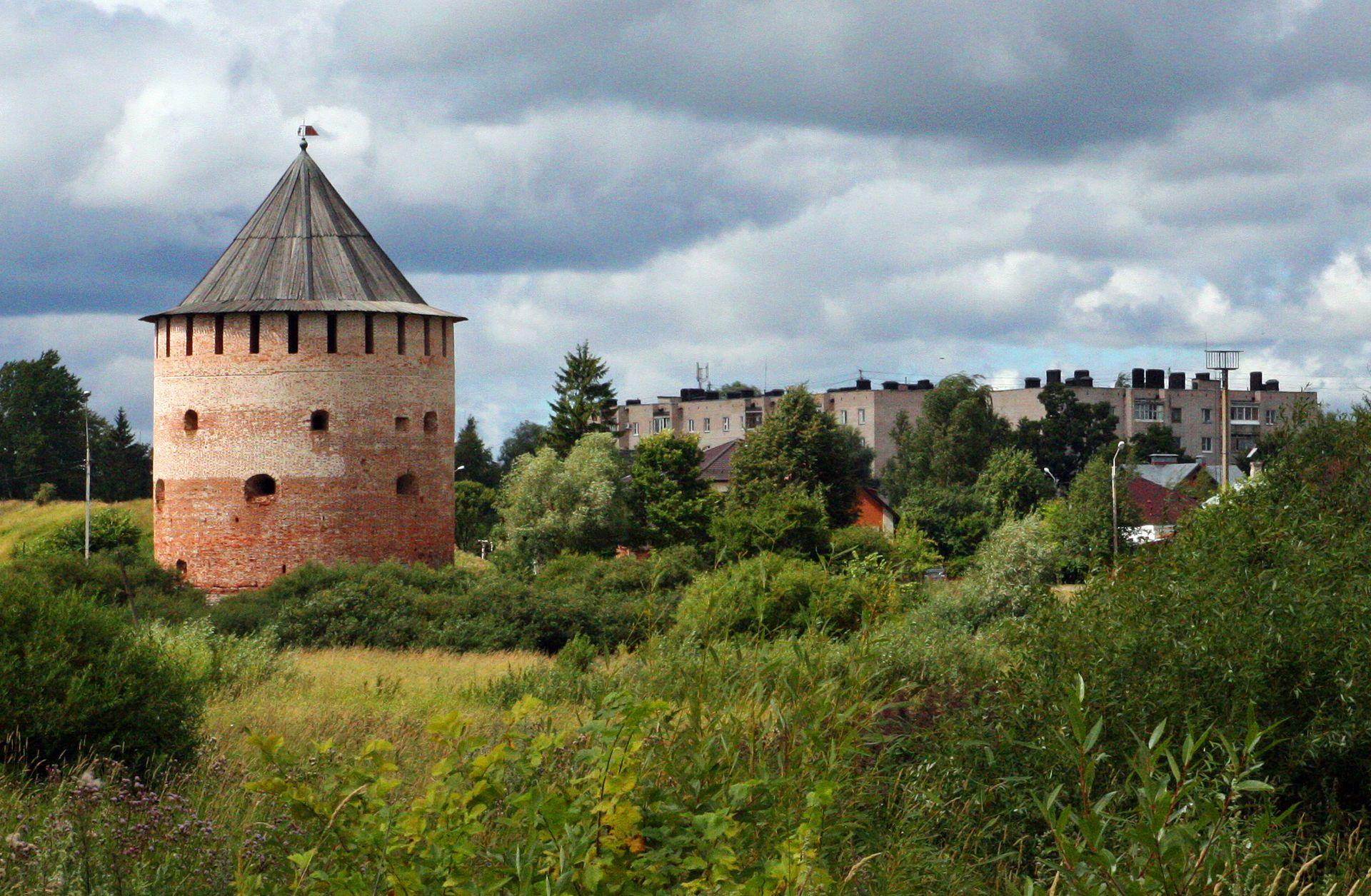 В Великом Новгороде завершили реставрацию Белой башни XVI века