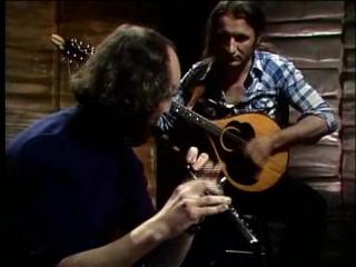 Матт Моллой (флейта в ми-бемоль) и Донал Ланни (бузуки)