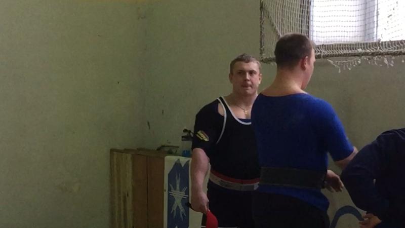 Клевцов Иван 215 кг