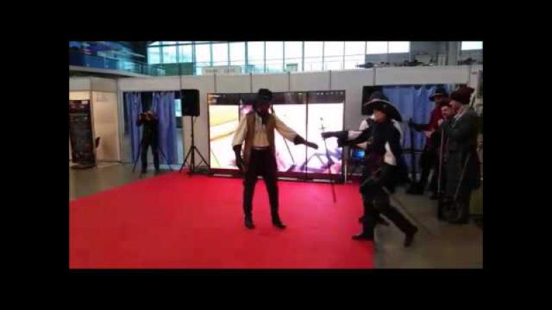GUIAS EN RUSIA RECONSTRUCTORES MEDIEVALES FERIA DE TURISMO SAN PETERSBURGO