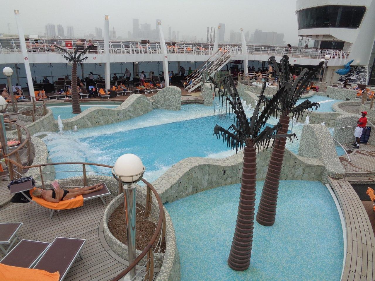 Круиз на лайнере MSC Fantasia ОАЭ Суэцкий канал