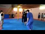Тренировки детей в школе боевых искусств Мамонт