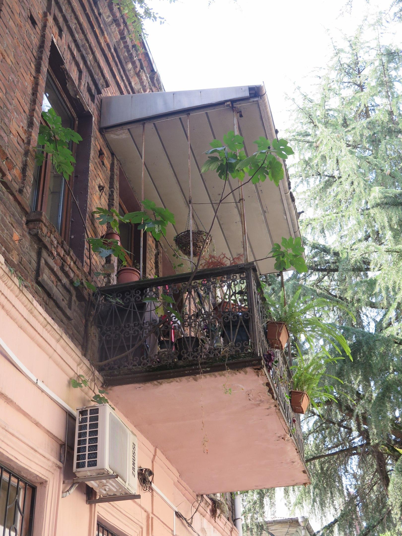 Секреты батумских балконов