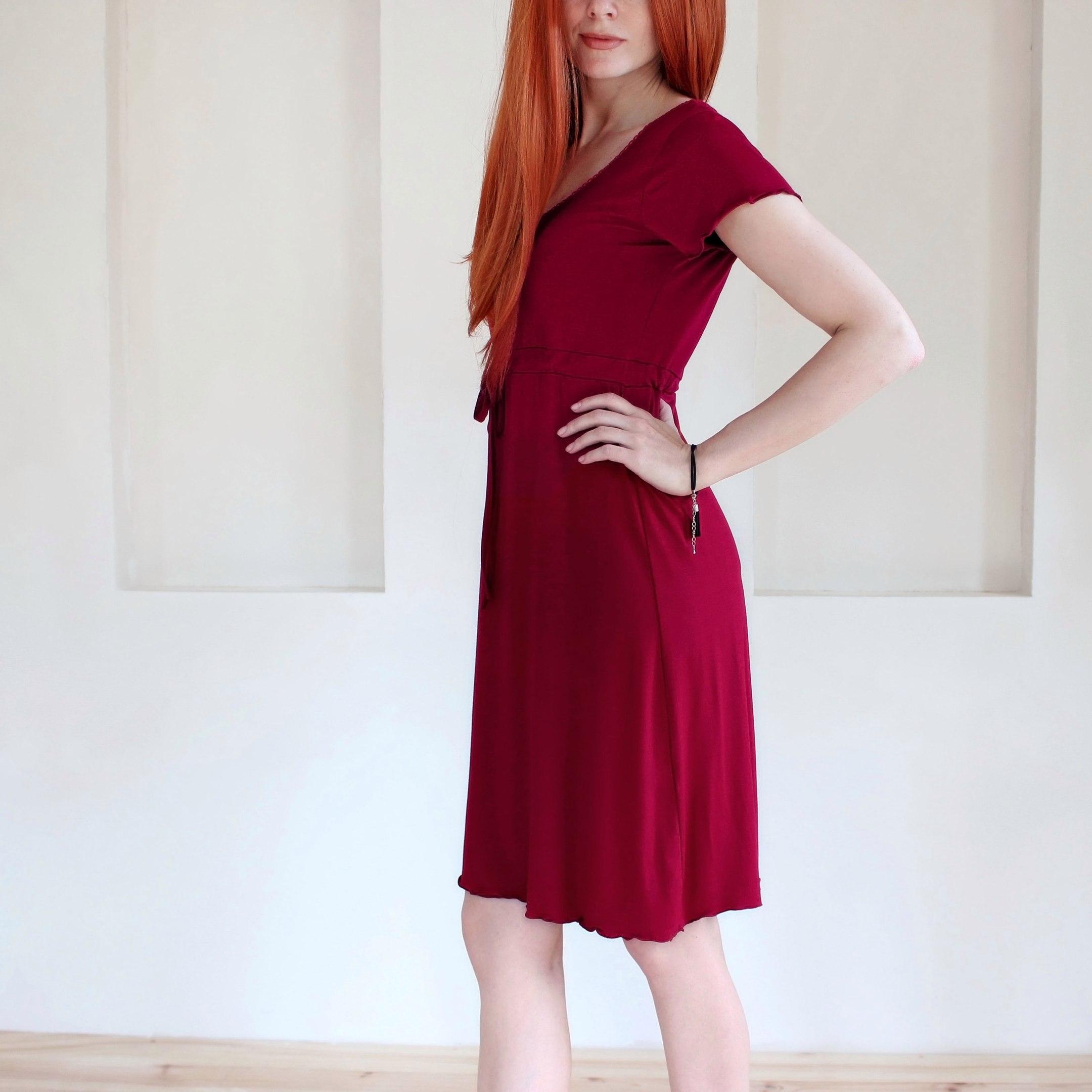 Легкое струящееся платьице