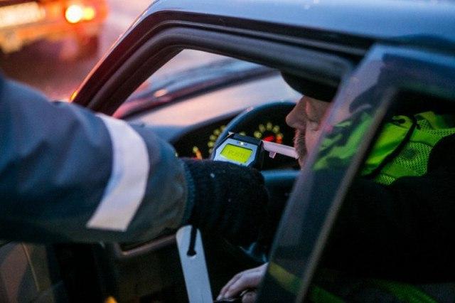 В Зеленчукском и Урупском районах автоинспекторы выявляют пьяных водителей