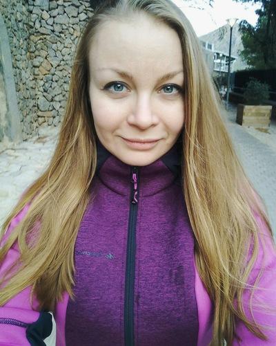 Анна Валенкова