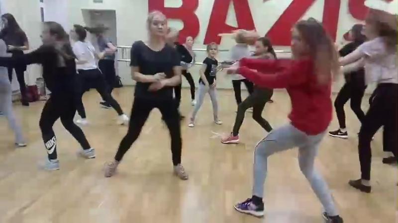 Cattie Klein choreo Instruction (Demi Lovato)