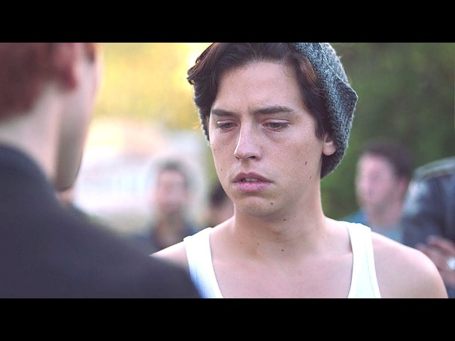 Riverdale 2x05 Archie tells Jughead that Betty doesn't want to see him anymore 2017 HD