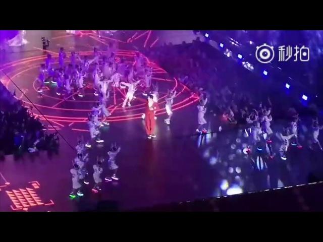 Димаш Кудайберген дал второе дыхание песне Memory (Global Shopping Festival) | Dimashfans.com