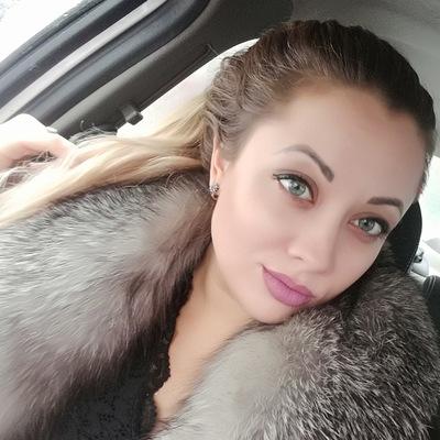 Моника Петрова