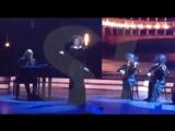Ксения Собчак спела Песню Я не качаю задницу.