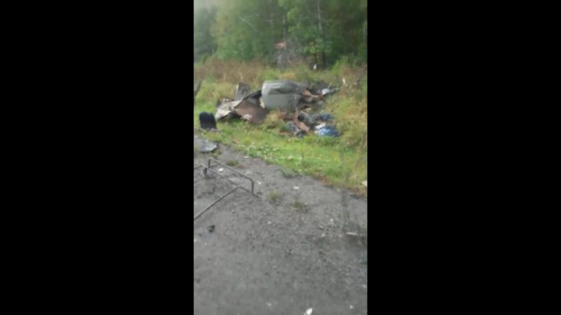 Авария на 42 км Хабар Комсомольск 14 сентября Фура налетела на рабочих которые ремонтировали дорогу сели обедать