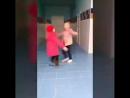 гимнастки перед тренировкой