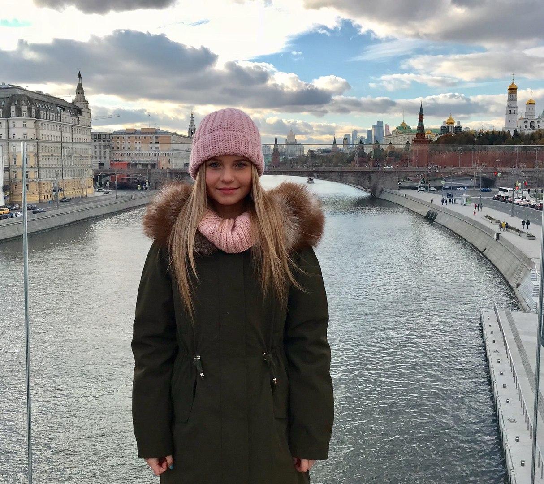 Alisa Kozhikina - Page 17 Y3N51pvfWO4
