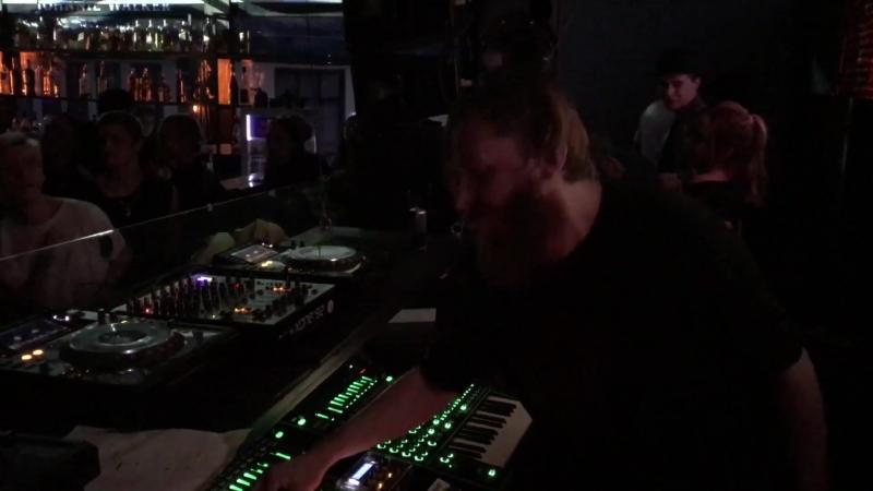Laiva (live @ Synthposium 2017)
