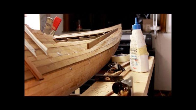 [w.werft] Attaching a strip to a wooden seakayak (Stopmotion)