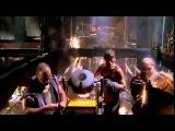 Деннис Хоппер в трюме - Водный Мир (Henry Mancini - Peter Gunn Theme)