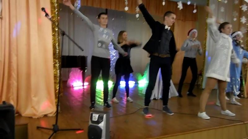 Танец снегурочек (24.12.2015)