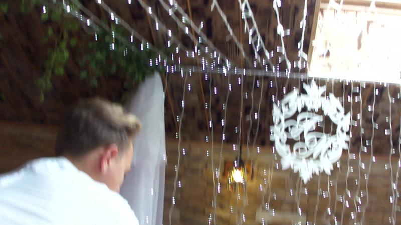 оранжевая свадьба альков в ресторане