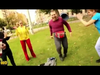 Belye_rozy._Umoritelnaja_parodija-spaces.ru.mp4
