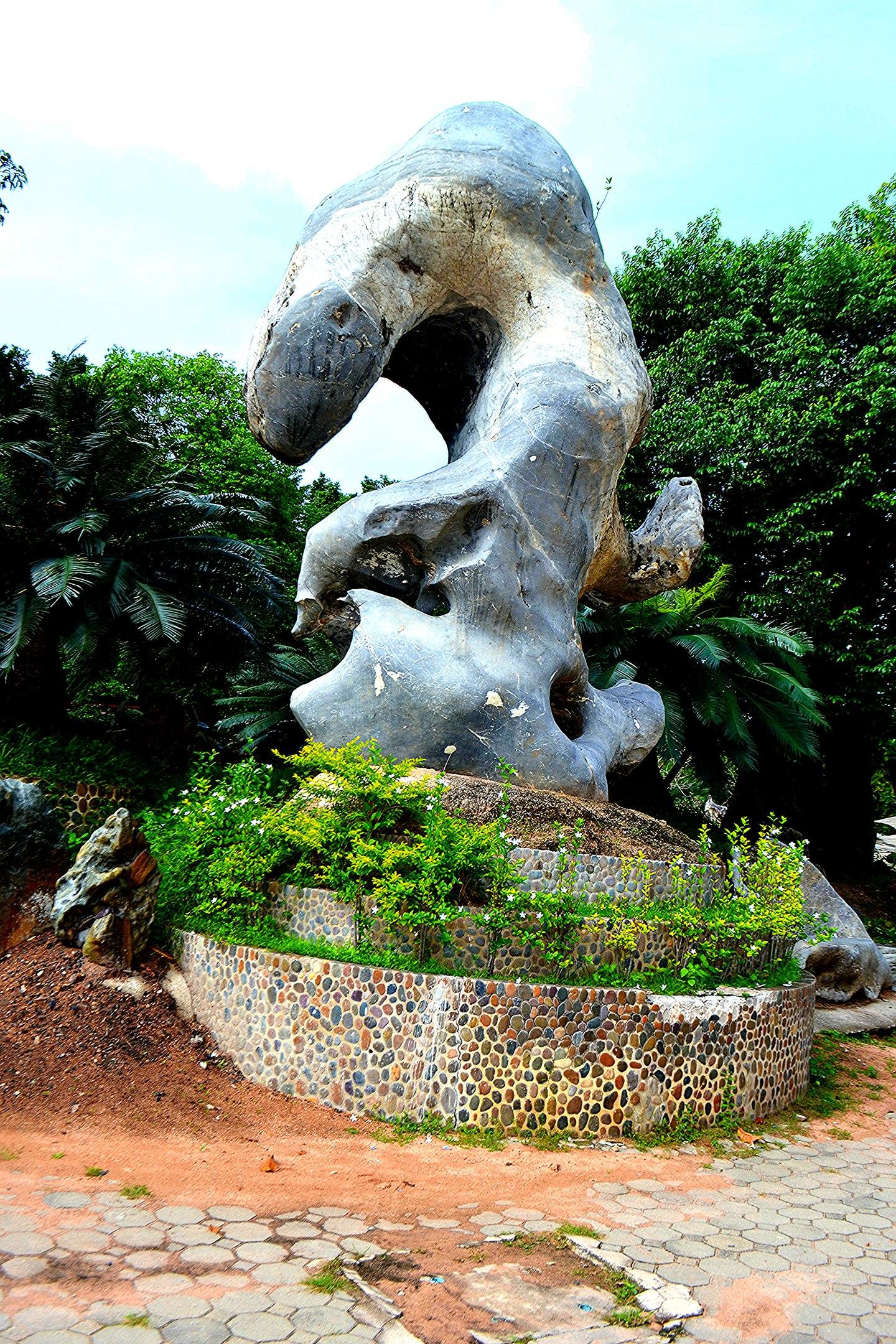 Елена Руденко ( Валтея ). Таиланд. Парк миллионолетних камней и крокодиловая ферма. C3aIx5yIdqY