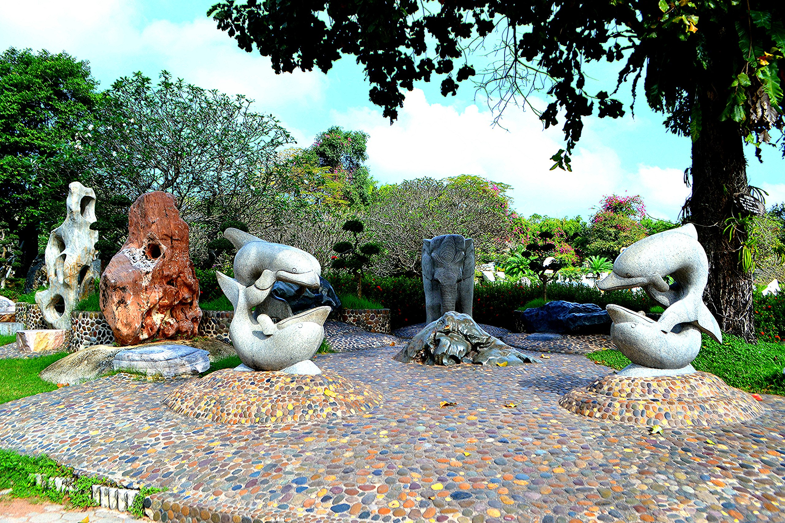Елена Руденко ( Валтея ). Таиланд. Парк миллионолетних камней и крокодиловая ферма. K_2cqY7eL-M