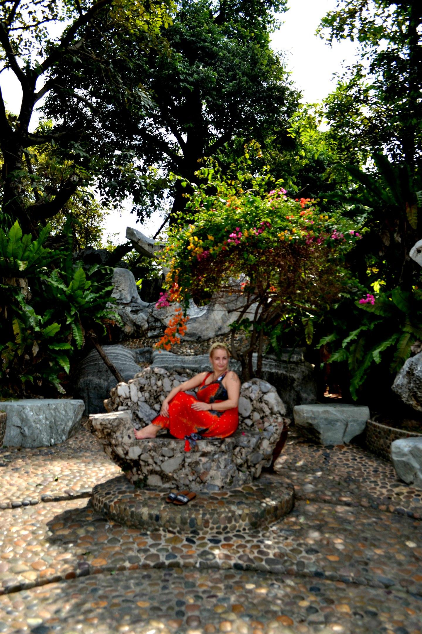 Елена Руденко ( Валтея ). Таиланд. Парк миллионолетних камней и крокодиловая ферма. - Страница 3 NKSQNZFxb08