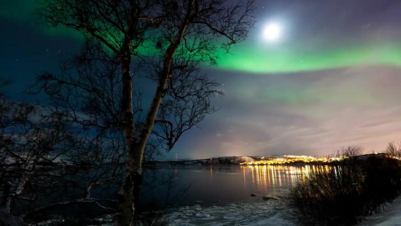 Наше Заполярье. Северное сияние на границе России и Норвегии