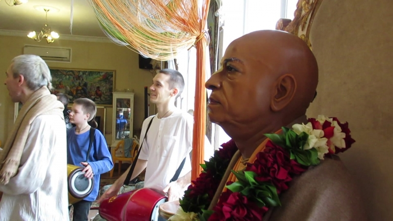 Воскресный киртан в храме Шри Шри Радха Говинды г ОМск 18 02 18