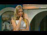 staroetv.su Колесо истории (ОРТ, 1998) Ирина Лукьянова, Полина Иодис, Жанна Фриске (Блестящие)