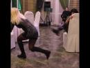 Эротический танец от наших 50 летних именинниц порвал зал Чувствуется спортивное прошлое девочек Недаром они несколько раз