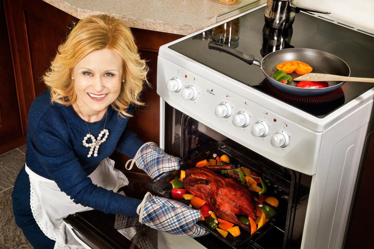 Готовить просто: куриная грудка в духовке и другие рецепты из мяса птицы