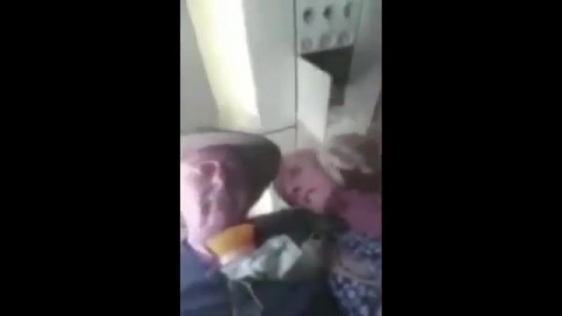 AirAsia oxygen mask dropped on flight, traumatising passengers!