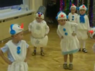 Когда на утреннике в детском саду все дети, как дети, а твой – Весёлый снеговик