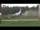 Появилось видео аварии бомбардировщика Ту-22М3 при взлете в Калужской области
