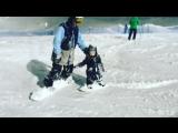 Мирон Лихоманов, 2,5 года. Спуск на сноуборде по трассе Шале, Роза Хутор