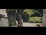 Доброе видео о том, что всегда нужно оставаться людьми.