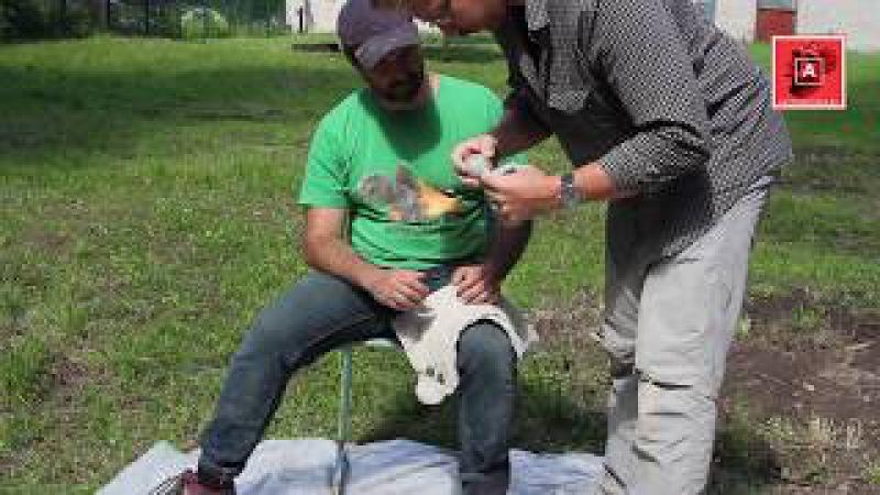 Учимся колоть кремень по-неандертальски