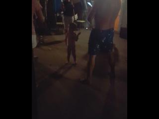 Сын Ольги Ветер и Глеба Жемчугова Миша зажёг толпу на дискотеке