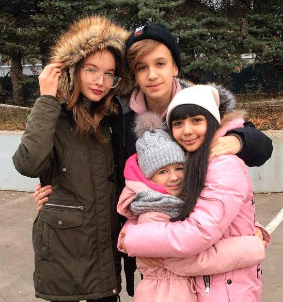 Arina Danilova - Page 3 Dob7WcKlY_E