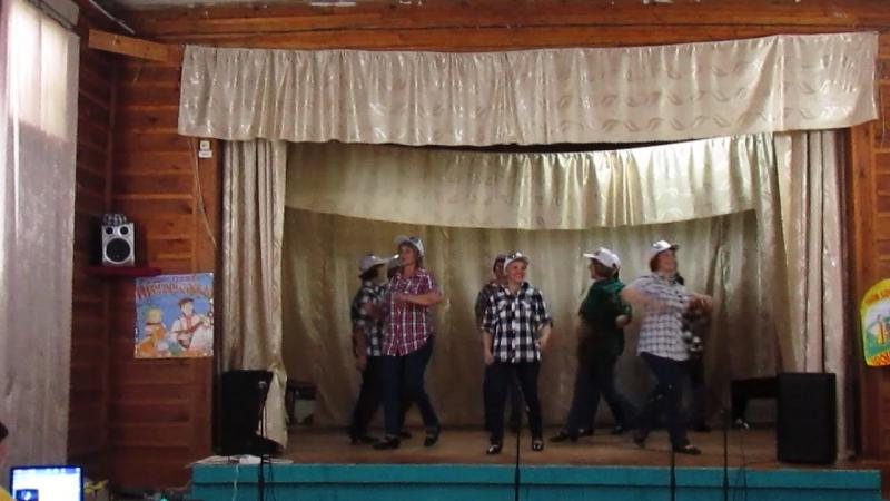 Как молоды мы были . Танцует Калинка на дне деревни в Юркине 22.07.2017 г.