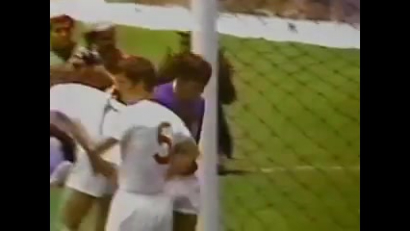 Greatest Ever Goalkeeper Save - Gordon Banks Saves from Pele
