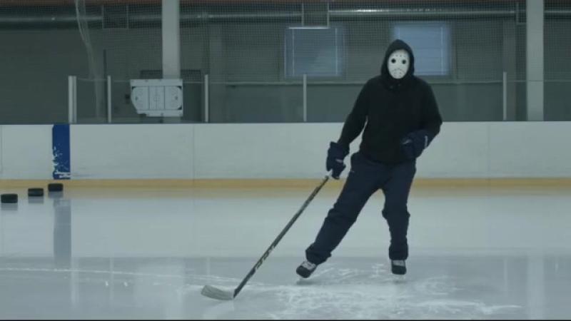 Хоккей. Техника катания. Скольжение лицом вперёд не отрывая ног