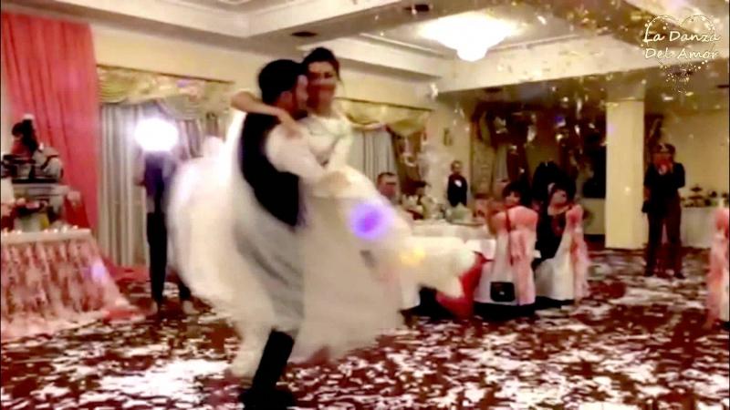 Свадебный танец Вадима и Виктории / Wedding dance VadimVictoria