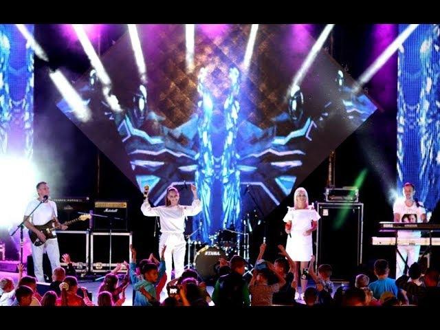 Марина і компанія Хедлайнер Гала - Концерту міжнародного фестивалю «Кришталеві грона - 2017»
