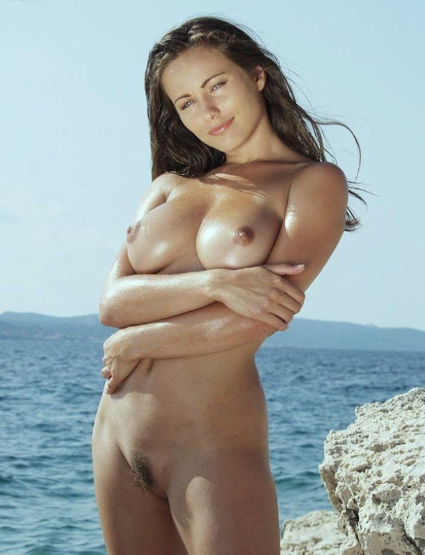 Monica belluci all nude scenes