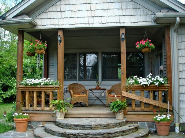 Крыльцо деревянного дачного дома: разновидности, материалы и примеры дизайна