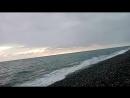 Чёрное море , пустой пляж Адлера , шторм .