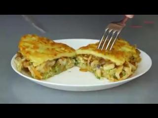 """Необычный рецепт """"Драники с курицей"""" Вкусное красивое блюдо из обычных ингредиентов."""